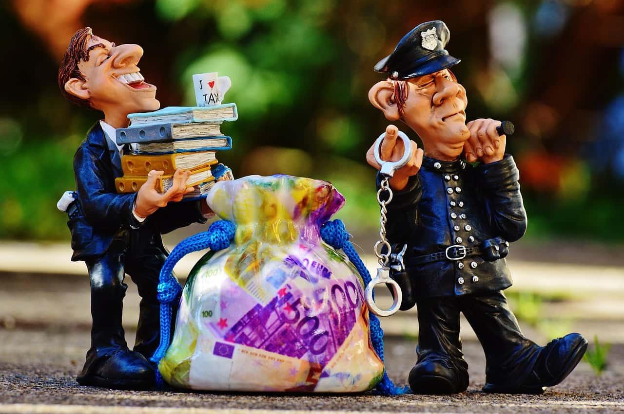 מה היא הלבנת הון וכיצד להתמודד אם אתם מואשמים בה?