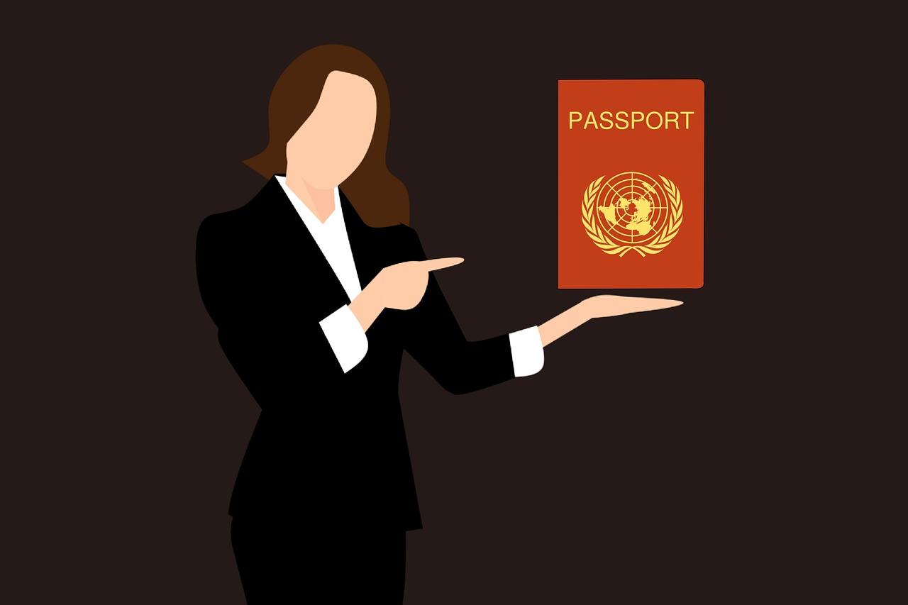 אישה ודרכון